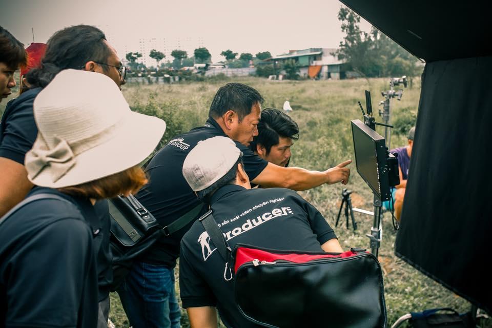 Tổ đạo diễn trong ekip sản xuất - 03